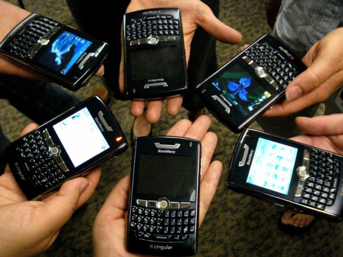 هل ستتوقف شركة بلاك بيري Blackberry من صنع الهواتف الذكية ؟!!!