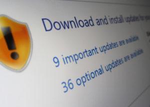 لماذا تحديثات البرامج العادية  Regular Software Updates مهمة جدا؟؟